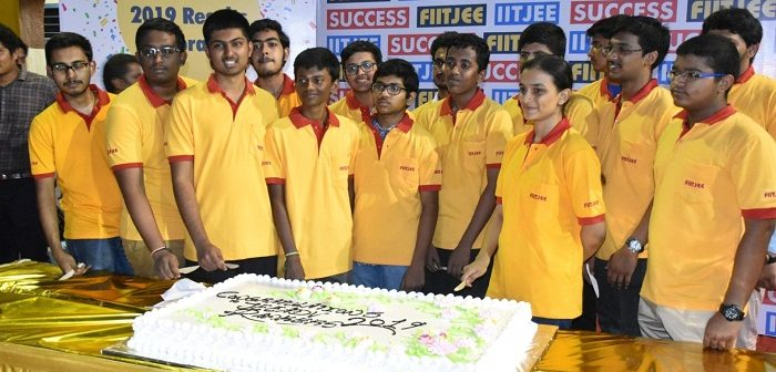 FIITJEE Chennai Student Crowned  TAMIL NADU STATE TOPPER in JEE (ADVANCED)